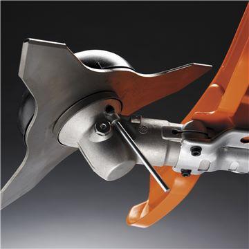 Husqvarna - Schimbare usoara a echipamentului de taiere